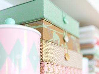 Papierschachteln in diversen Formaten gibt es bei Cosima Chiton