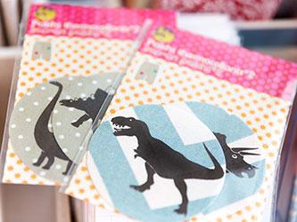 Flicken mit Dinosaurier-Motiv